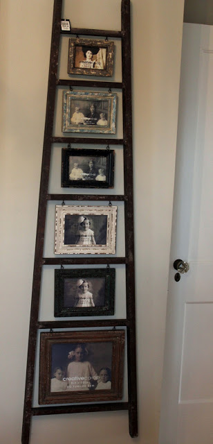 Use an old ladder as a photo display