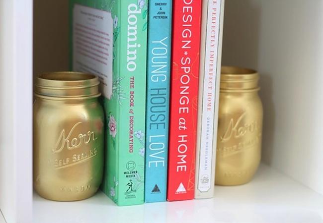15 creative ways to repurpose mason jars for Mason jar bookends