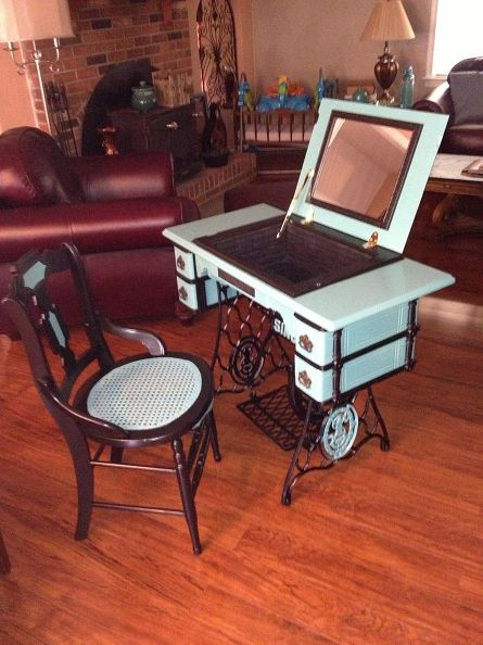 10 Creative Ways To Repurpose An Old Sewing Machine