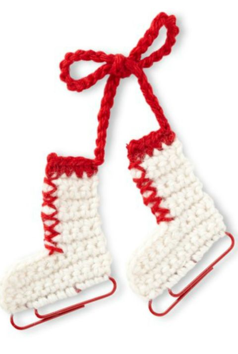 Create This Fun Ornament with Yarn and Jumbo Paper Clips