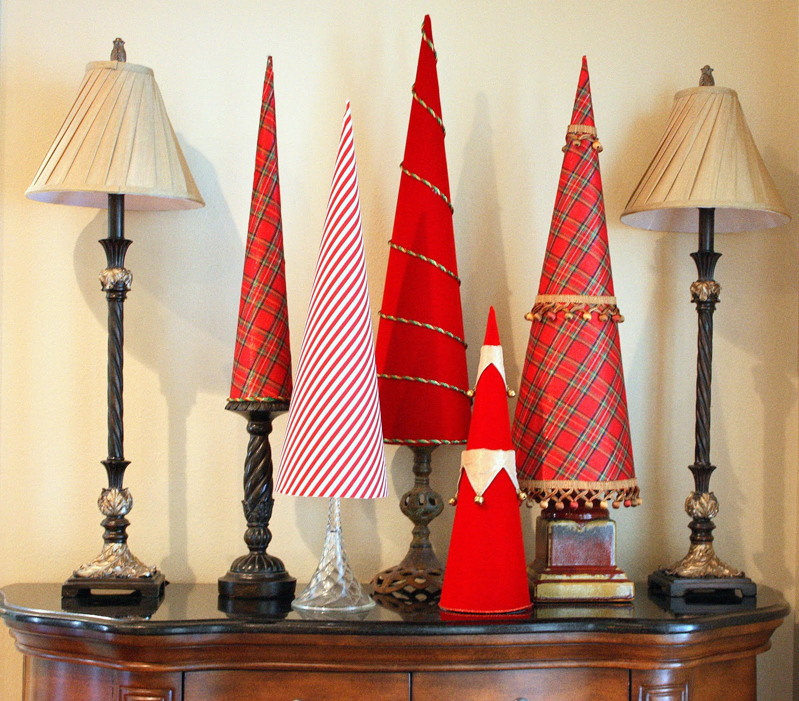 20 Adorable DIY Mini Christmas Trees You re Going to Love