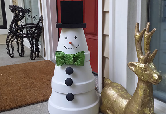 3 terra cotta snowman