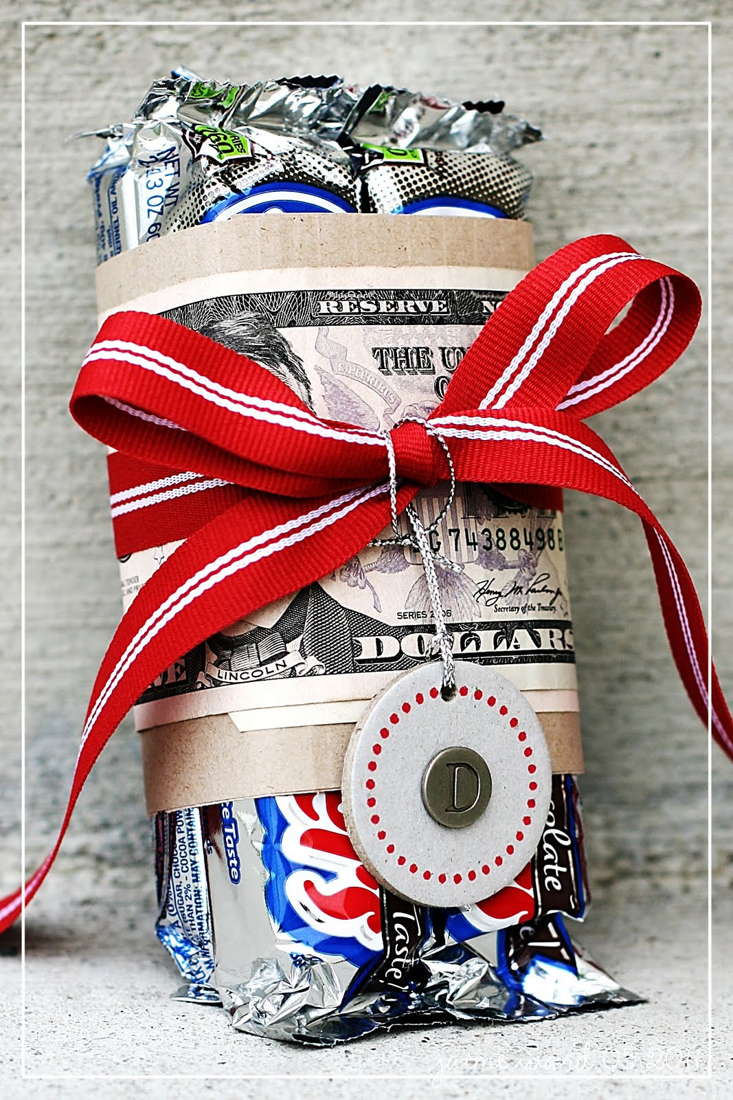 20 Fun Ways To Give Money As A Gift
