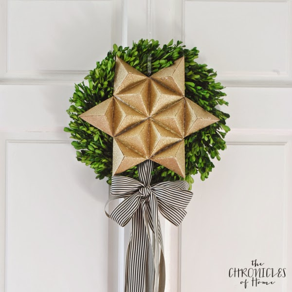 3D Christmas star wreath from cardboard