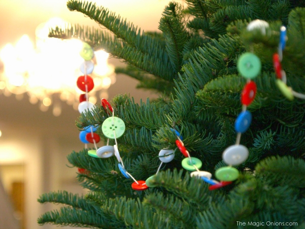 Button Garland for your Christmas Tree
