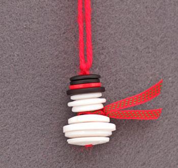 Button & Yarn Snowman