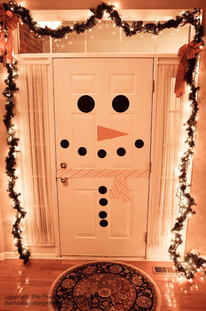 Decorate your Inside Door with This Creative Idea