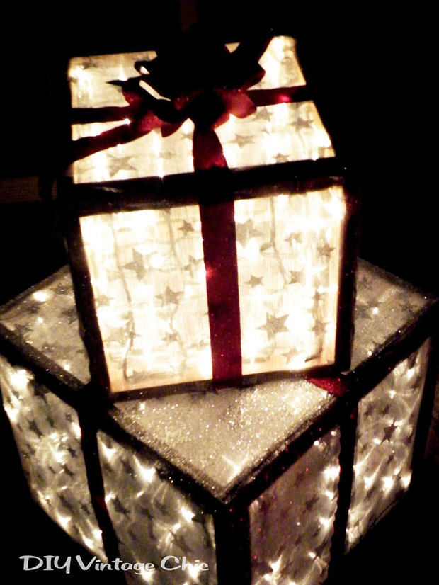 Make Lighted Christmas Presents for Outdoors