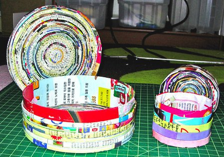 20 Genius Things to Make With Your Old Magazines