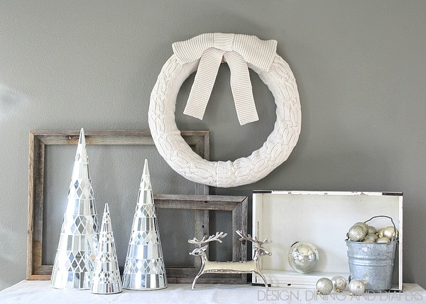 Make this simple, yet elegant sweater wreath