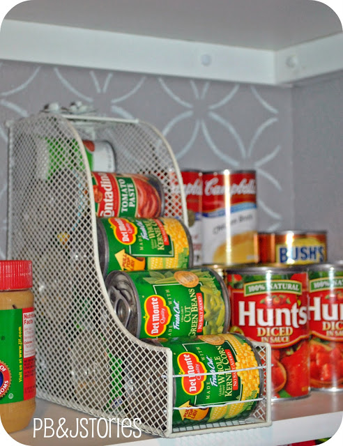 Organize cans of food