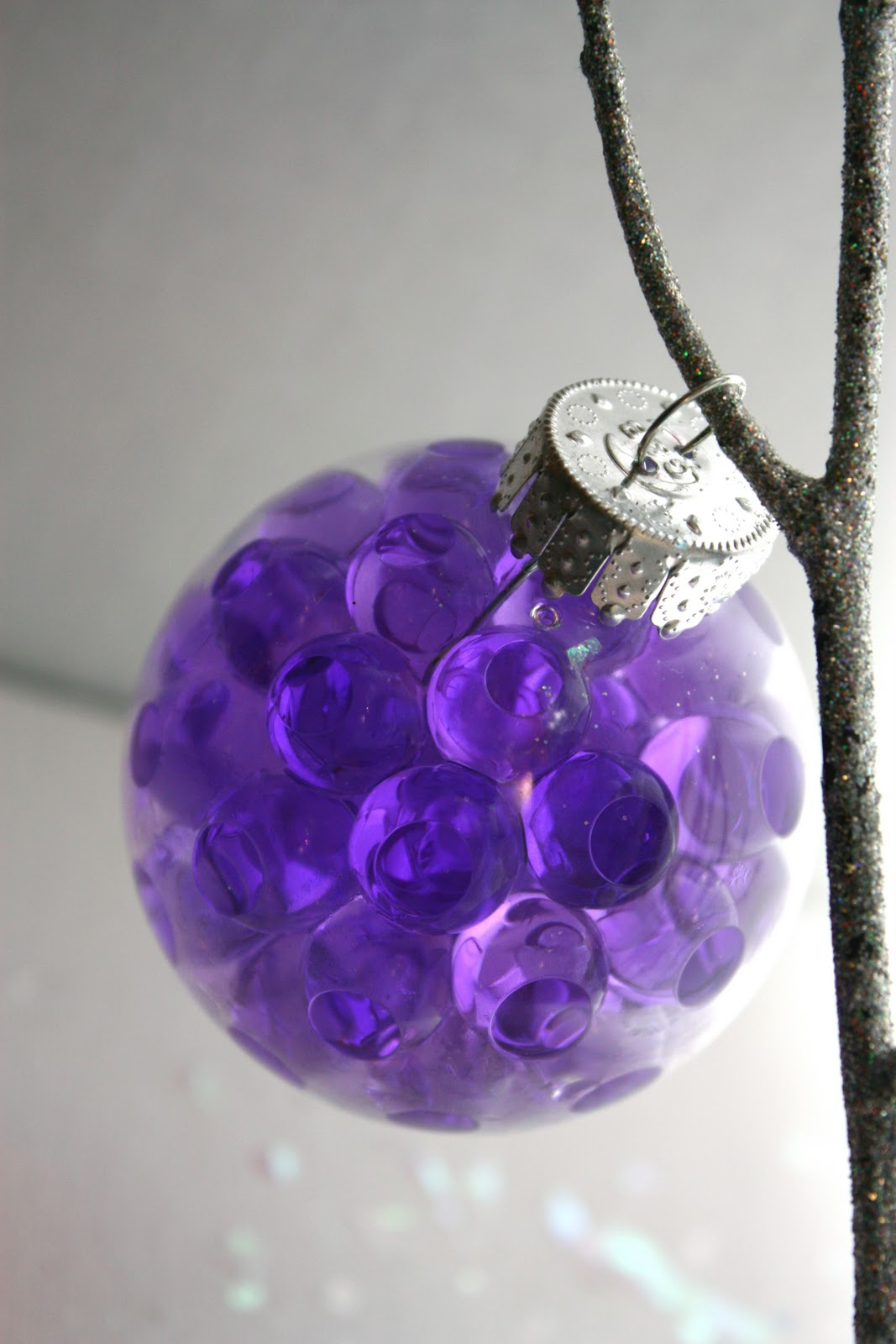 Glass Christmas Balls Decoration Ideas : Creative ideas for decorating and filling clear glass