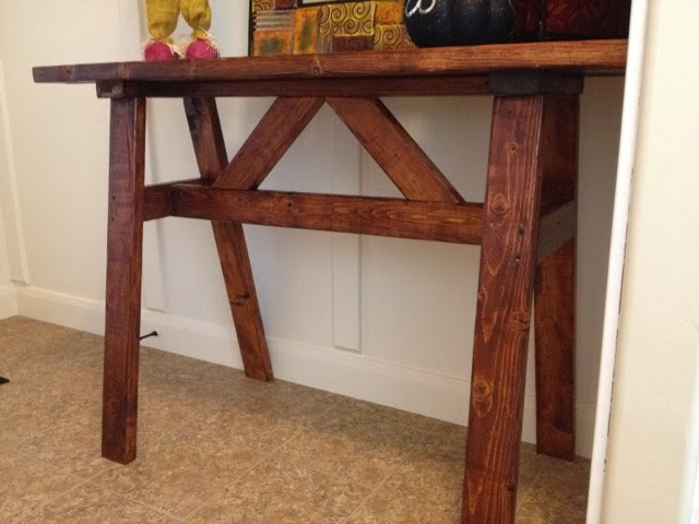 2x4 Entry Way Table