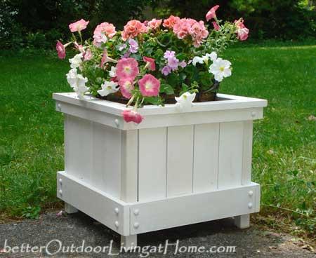 Cape Cod Style Planter Box