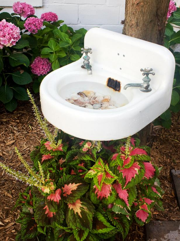 Create A Bird Bath From A Salvaged Sink