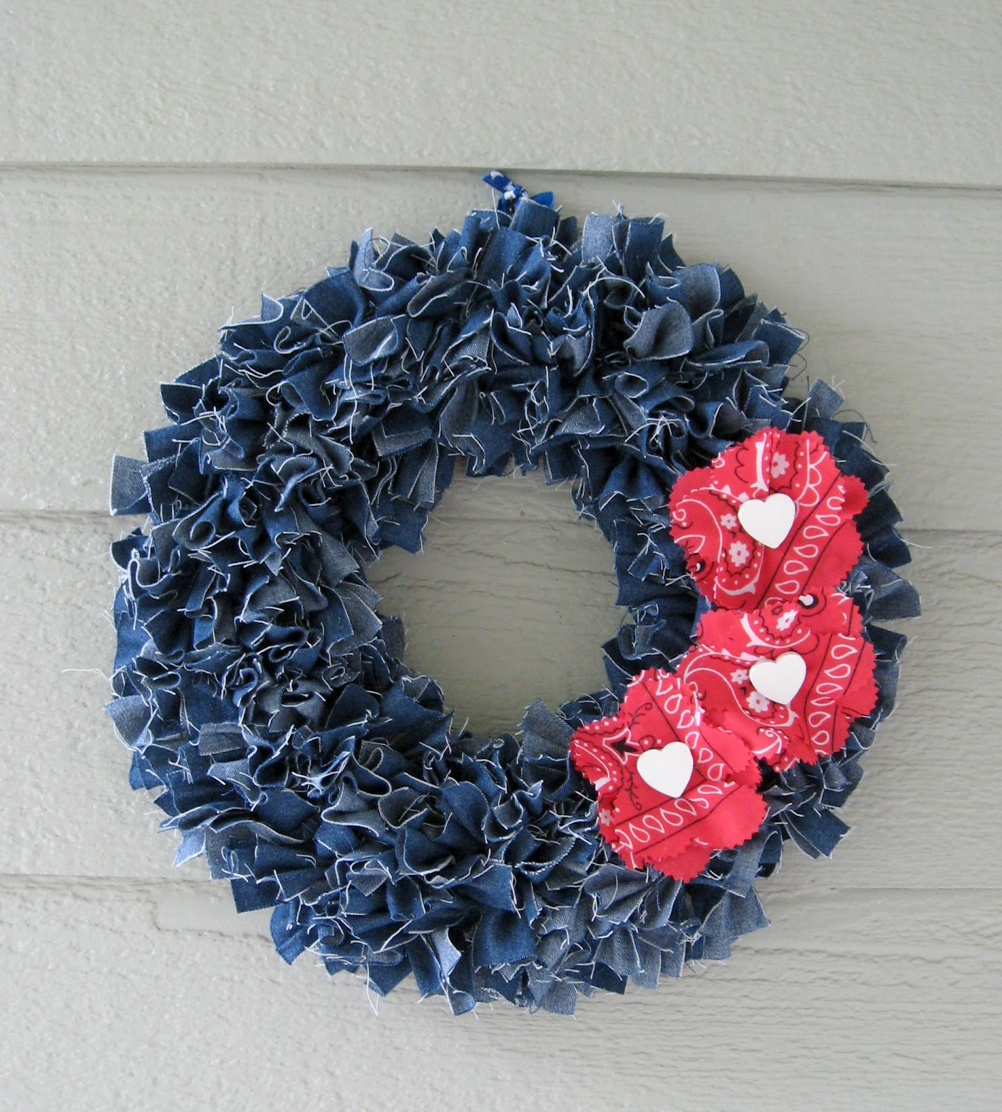 Make a denim wreath