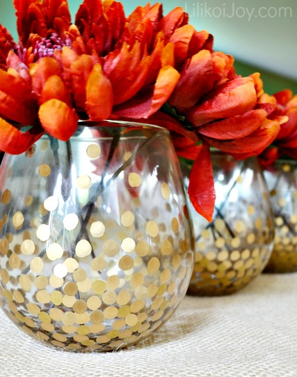 Make these simple but chic gold dot vases