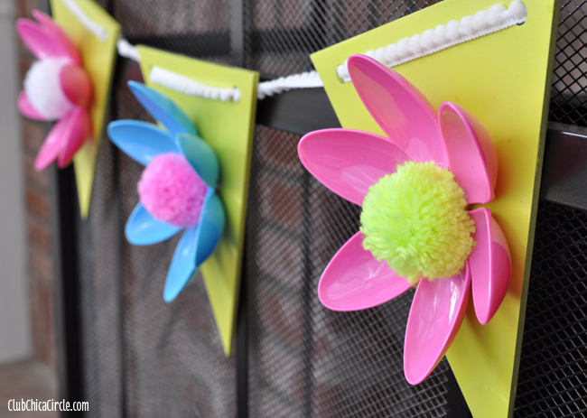 Plastic Spoon Spring Flower Garland