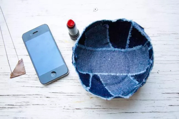 Recycle old jeans into a cute new denim bowl