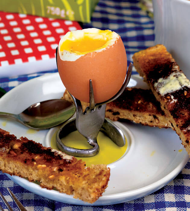 Repurpose an old fork as an awesome egg cup