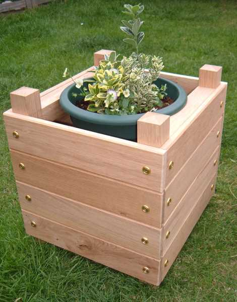 Simple chunky wooden planter box