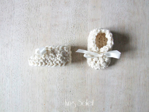 classic organic baby booties