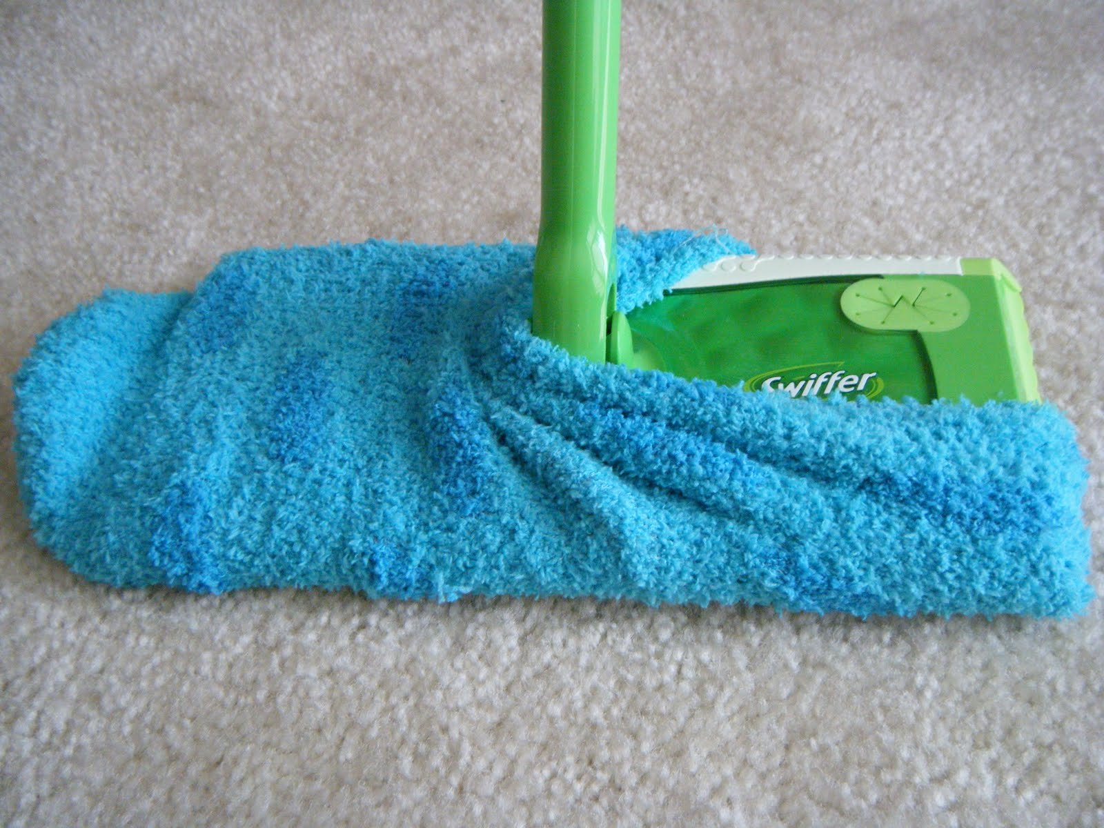 Make your own Swiffer cleaning pad that you can wash and reuse countless times