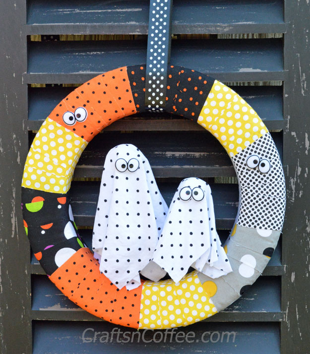 Polka Dot Halloween Ghost Wreath
