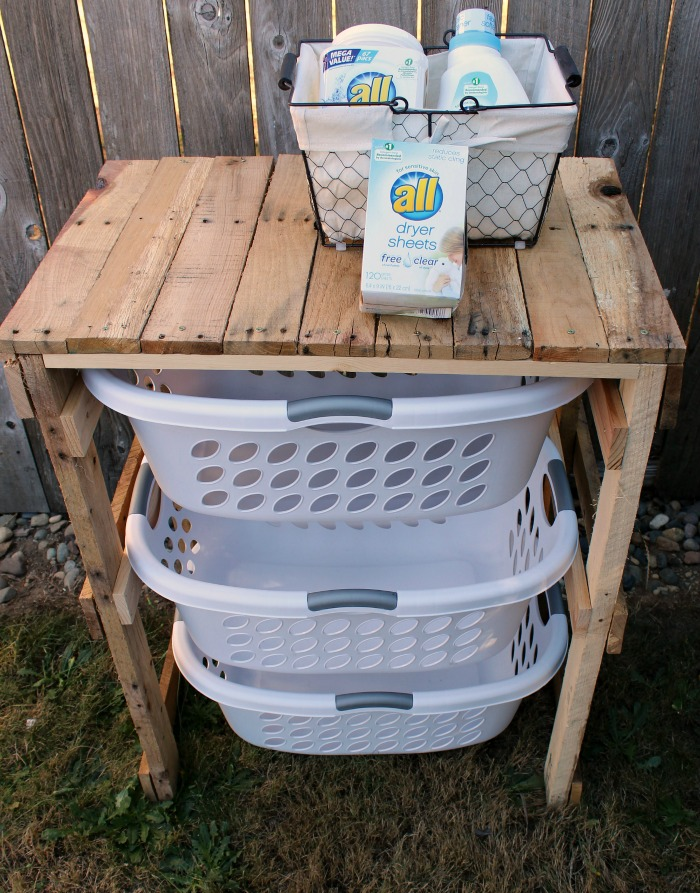 Pallet Laundry Shelf