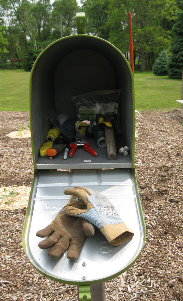 Garden Mailbox Toolshed