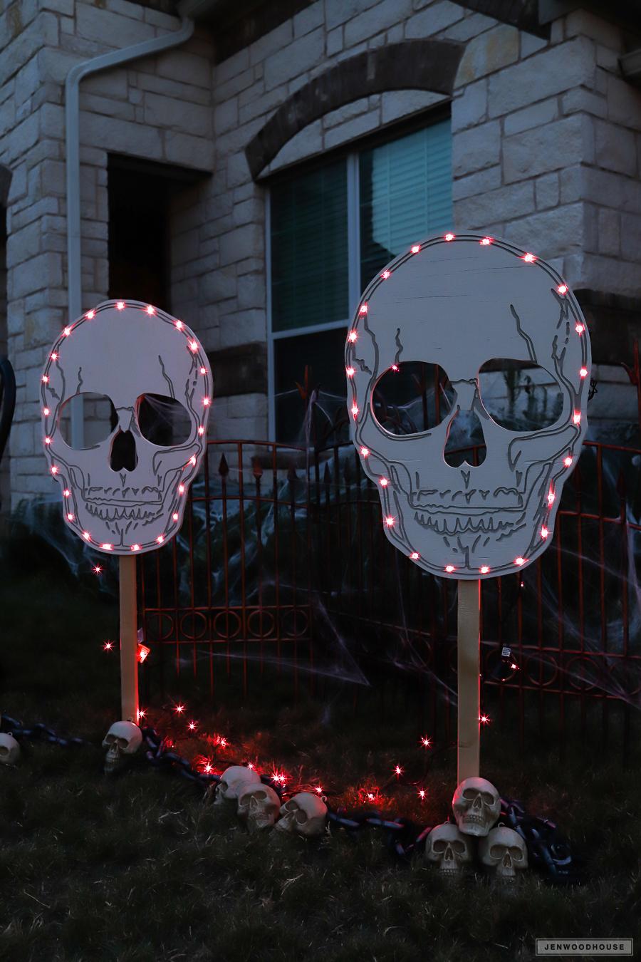 Yard Skull Signs