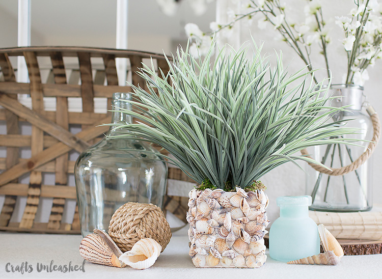 Beachy Seashell Vase