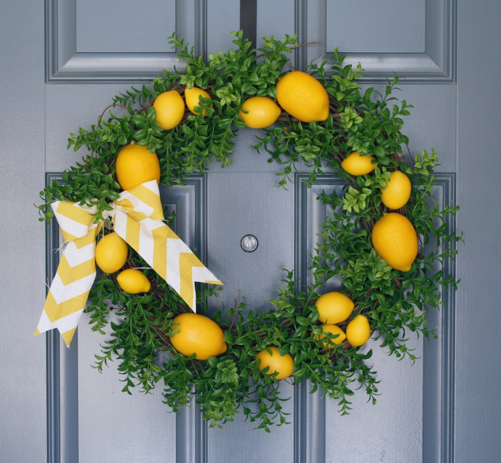 ummer Lemon Wreath
