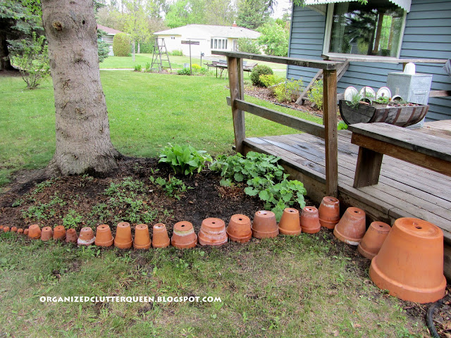 terra cotta pot edging